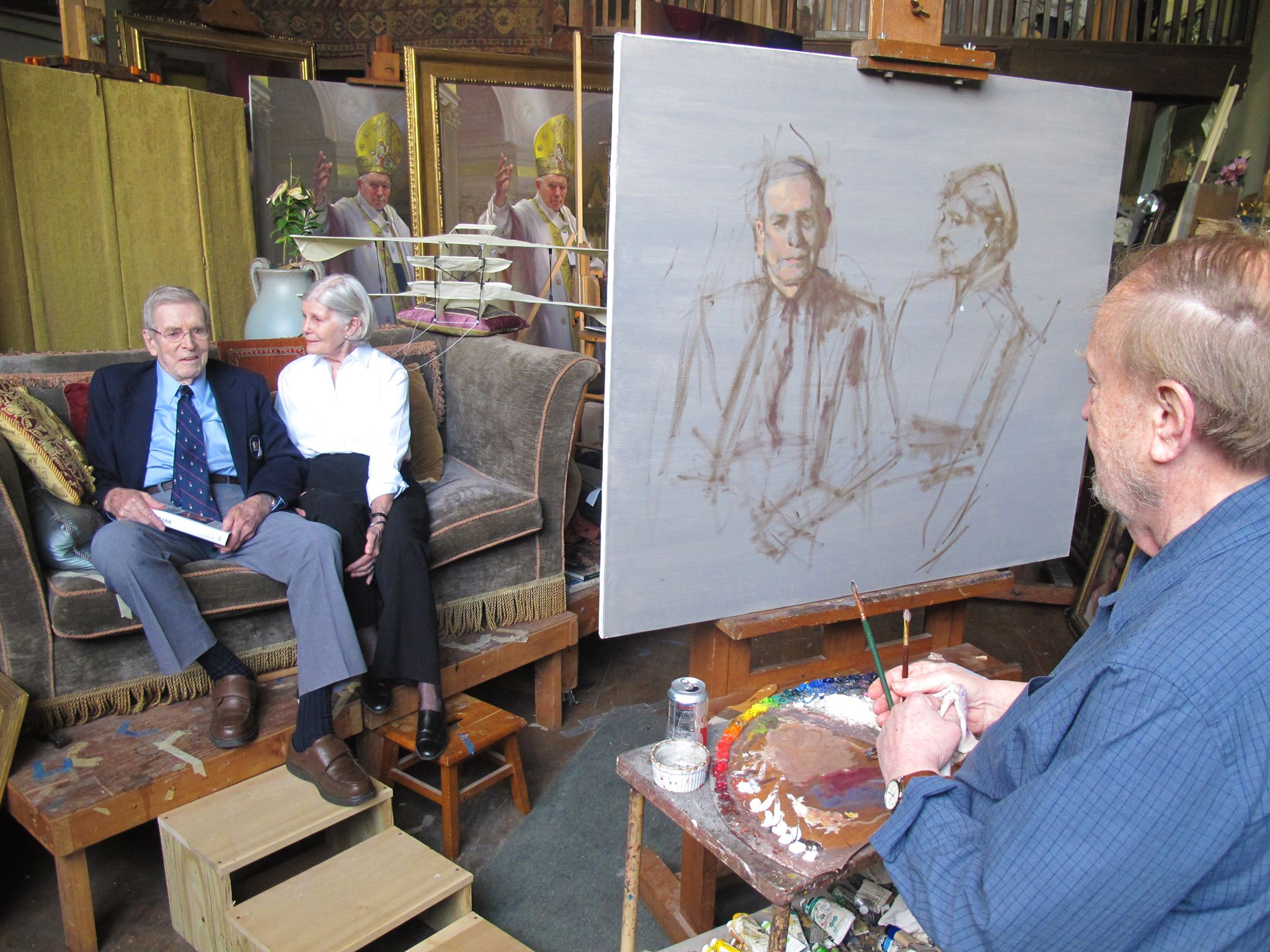 Nelson Shanks paints a portrait of Henry and Lee Rowan
